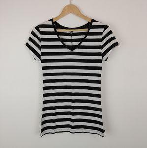 VICTORIA SECRET | Black & White Striped T Shirt